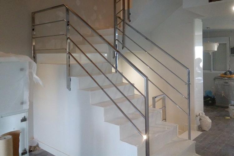 Escalera de Acero en interior